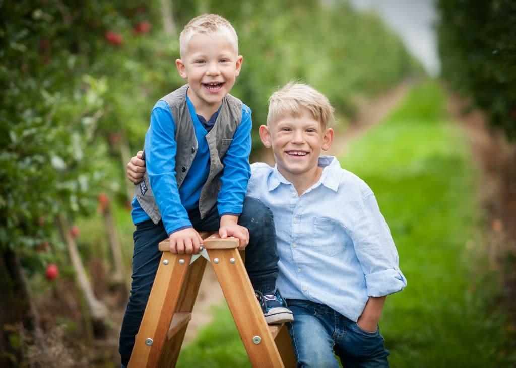 kindergartenfotografie in Dresden Geschwister